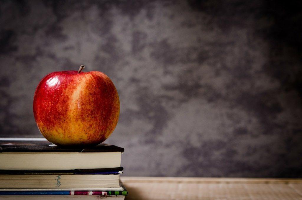 apple, books, classroom